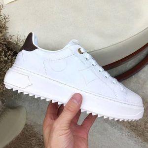 Tasarımcı bayan Düz Casual ayakkabılar deri bağcıklı Mektupları lüks kadın ayakkabı spor ayakkabısı% 100 sığır derisi moda platformu erkek ayakkabıları Büyük boy 42-45