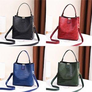 Factory Wholesale Brand Women Handbag Classic Lingge Chain Bag Foreign Style Small Fresh Leather Shoulder Bag Retro Diamond Lock Messenge#463