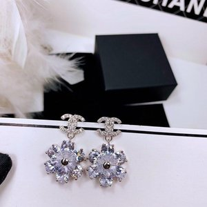 Crystal Flower Earrings Hot Selling Jewelry 925 Sterling Silver Needle Earrings Classic Earrings for Goddess Sexy Jewelry Supply