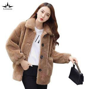 leiouna Plus Size Furs soltas Casual Faux Jacket Parka Teddy Bear Fourrure 2020 Brasão Moda feminina inverno Furry