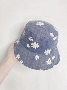 202007-39330-XHD Korean style Denim Daisy flower lady bucket cap women leisure fishermen hat
