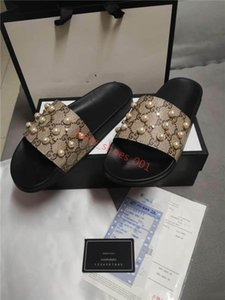 2020 xshfbcl Men's and women's pearl slippers, ladies' home sandals, summer beach slides, men's slippers, sandals