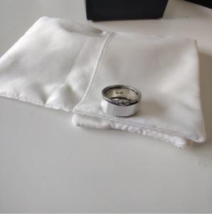 Forma Top S925 Sterling Silver Ring retro animal personalizado Cobra listrado Anel Personalidade Tendência selvagem anel casal Hip Hop Anéis