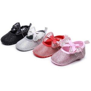 Neonata scarpe di cuoio PU pizzo principessa Baby Firstwalkers ragazze scarpe lucide Bow casual inferiore molle Corona Bling