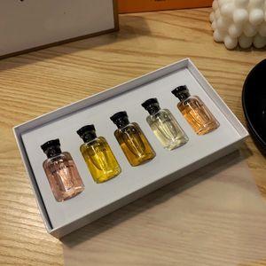 Perfume francés señora femenina del perfume Milla feux Contre moi Rose des Vendes respiraderos Apogee 10ml EDP * 5pcs Multiplied sabor fresco y natural