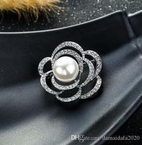 New earrings Bohemia ladies openwork rose-studded brooch pearl dress Holiday gift fashion accessories
