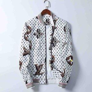 19ss Mens Designer Jacket Hoodie Autumn Winter Down Coat Windbreaker Brand Jacket Zipper Pocket Thick Outdoor Jackets Men's Clothing Luxury