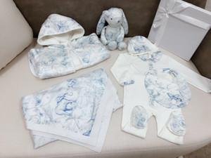 Nouveau-né Romper mignon bébé Garçons Filles Vêtements bébé Jumpsuit + chapeau + Bib Ensembles couverture de bébé vêtements peignoir jouet lapin bébé