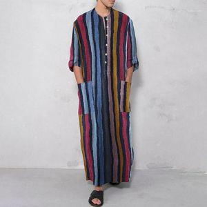Ближневосточный стиль Полосатый Printed Crew Neck Большой Карманы Рубашки мужские мусульманская Robe Мужской Дизайнерские Одеяния