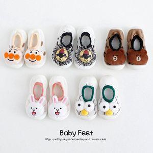 Scarpe Pig ragazza del neonato di moda pattini del bambino appena nato Primi camminatori bello dell'orso Scarpette da neonato capretto Anti-Slip Sneakers jovr #