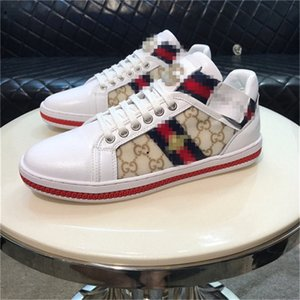 Mens Womens Low Top Snakeskin Red Bottom Flat Casual Luxury Shoes for Men Women Brand New Comfort Designer Skate Sneakers