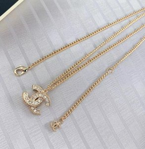 New Fashion Designers shape pendant with diamonds women sweater necklace lady Token of love Styles jewelry Ornaments gift gold silver n20