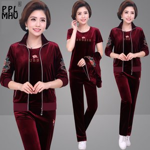 Large Size 5XL Three Piece Set Women Casual Mom's Velvet Tracksuits Print T-short Coat And Pants Loose Sportswear jogging femme T200713