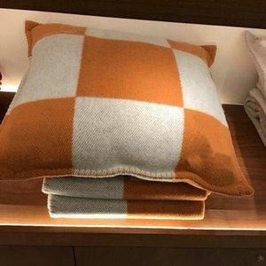 Mode polaire vintage taie lettre H Cachemire oreiller européen Couvre laine Throw Taie DIA 45 Cadeaux de Noël * 45cm 65 * 65cm de