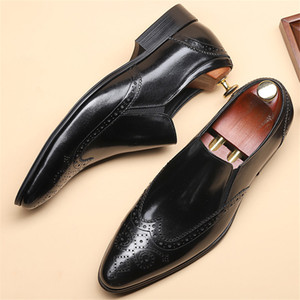 Genuine leather Men brogue Business Wedding banquet shoes casual flat shoes vintage handmade oxford shoes for men black 2020 CX200731