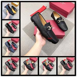 Plus Size Luxury Men Loafers Dress Shoes Italian Designer Animal Metal Buckle Toe Moccasins Velvet Oxfords Shoes Wedding Loafers