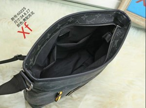 Wholesale- 1PC 2020 MAN women's briefcase bags for women shoulder bags crossbody bags messenger bag black READY STOCK
