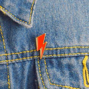 Cute Small Funny Red Flash Enamel Brooches Pins for Women Demin Shirt Decor Brooch Pin Metal Kawaii Badge Fashion Jewelry