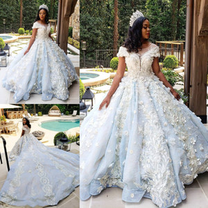 Fabulous Beaded Lace Ball Gown Wedding Dresses Sheer Bateau Neck Short Sleeves 3D Appliqued Bridal Gowns Cathedral Train robes de mariée