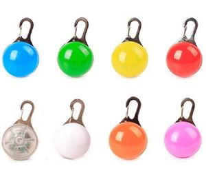 Hot Garten Home LED-Taschenlampe Hund Katzenkragen Glühen Anhänger Nacht Sicherheit Haustier Leads Halskette Leuchtende Helle Dekoration Halsbänder für Hunde