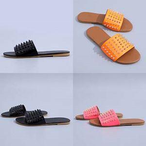 2020 Ig-Kalite Dener Ayaklı Kadınlar Kauçuk Terlik Sandalet 4 Renkler Boyutu için Floplar 36-41 CO02 # 241