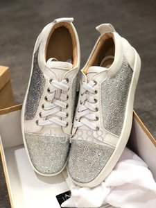 NEW 2020 Designer Sneakers Red Bottom shoe Low Cut Suede spike Luxury Shoes For Men and Women Shoes Party Wedding crystal Leather Sneakers