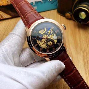 les cadrans de travail Chronomètre Hommes Montres de luxe Montres avec Armband en cuir Calendrier Top Marque-Armband à Quarz pour les hom