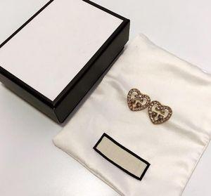 CC joyería de lujo de la famosa carta Pendientes Mujeres del oído del perno prisionero de lujo exquisito pendiente encantador de manera con el original