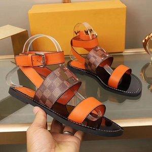 Louis Vuitton 2020 talloni piani Rivet Espadrillas di stile popolare pattini casuali delle donne Sandali in pelle stampa Pantofole Flip Flop 35-41 MK05