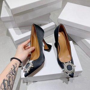 Designer Nero Cristallo fibbia Womens Sandali di raso pompe della pelle verniciata di gladiatore sandali trasparenti dei pattini d'argento con tacco
