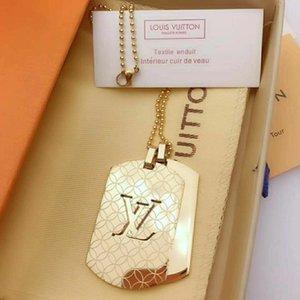 Nuevo collar para mujer y hombre de letras grandes joyas de diseñador Escudo collares pendientes de oro encanto 99LVLOUISVUITTON