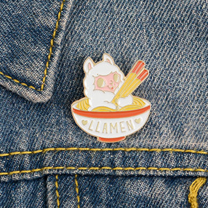 New Hot Animal Alpaca Brooches Cartoon Cute Pins LLAMEN Food Noodles High Quality Fashion Jewelry Gift for Kids Women Wholesale Badge