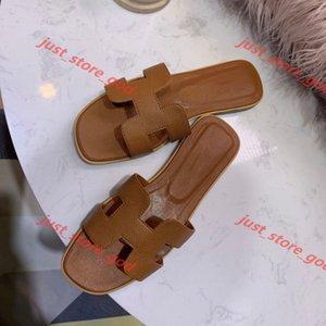 2020 Wholesale slippers cut out summer beach sandals designer brand Fashion women slides outdoor slippers indoor slip on flip flops xshfbcl