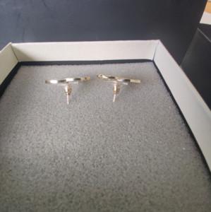 Лучшие продажи Женщина серьги Light Gold Сладкие Симпатичные серьги Материал серебро Pin серьги Мода аксессуары
