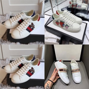 2020 Yaz Stilleri Kadınlar Sandalet Bayan Kanal Yapay elmas Rahat Flats Ayaklı Gladyatör Sandalet Parti Düğün Ayakkabı Free # 471