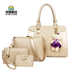 Hot Selling four Shoulder hand hand bags shoes 2019 New tote with pouch shoulder bag bag embossed bags shoes