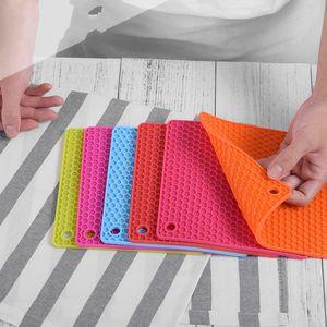 Silicone Wok Pad bonbons couleur napperon Isolation thermique Table Mat Non toxique Baking Pas Cracking Pression plaque cuisson 2 89tx D2