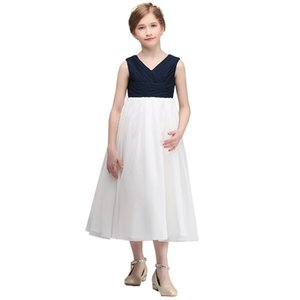 Beauty Ball Gown V Neck Flower Girl Dresses 2020 Applique Girls Pageant Dress First Communion Dresses Party Gown Plus Size