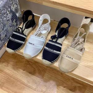 Lazer Fisherman Shoe-Girl 2020 Primavera / Verão Novo Cabeça Redonda Bordado Mocassins De Palha Versátil Lofers A Pé