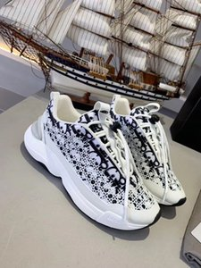Dior Hommes Femmes Cuir Flats Chaussure Chaussures Casual 5D Chameleon Sneakers Italie Espadrilles Laser colorés Chaussures arc-en-bas Loisirs KJI03
