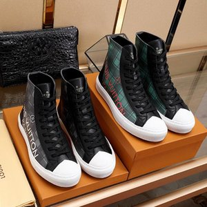New Luxury Mens Shoes Fashion Leather Ankle Boots Lace -Up Tattoo Sneaker Boot Chaussures Pour Hommes Casual Mens Shoes Boots Sale Fast Ship