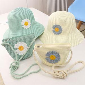 Genitore-figlio insieme bag ragazza intrecciati fiore della margherita parasole tutto-fiammifero spiaggia Pescatore di Sun della paglia cappello di paglia cappello pescatore marea