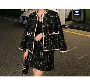 2020 Avrupa Tarzı Sonbahar Kış 2 Adet Set Kadınlar Kısa Yün Tweed Ceket Kaban Siyah BODYCON Mini Etek Seti Kadınlar İki Adet Kıyafetler
