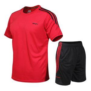 TrackSuit Outdoor Sport Breathable Quick Dry Sweat T Shirt + Shorts Set Track Suit Men Plus Size S-5XL T200709