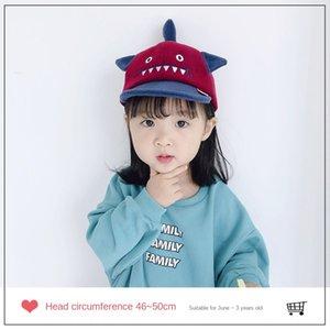 cappello cartone animato e protezione dei bambini degli uomini dello squalo delle donne di lana calda Cornice tappo cornice baby baby