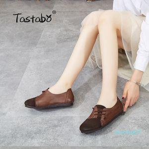 Tastabo cuero auténtico zapatos hechos a mano de las mujeres de estilo simple Marrón Caqui S118-2 los zapatos inferiores suaves de color a juego Z07 Conducir