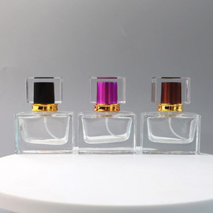 5 цветов 30мл Прямоугольная Perfume Spray насос Стеклянная бутылка Пустые Перезаправляемые Духи бутылки с атомайзерами LX2508