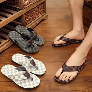 Fashion Men Flip Flops Wear-resisting Slippers Summer Flat Slide High Quality Sandals Casual Platform Slipper Home Bathing Beach Shoes
