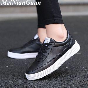 Platform Women's Sport Shoes Light Flat Low Unisex Summer Sneakers Air Mesh Womens Running Shoes Large Size Women Sports Shoe C4