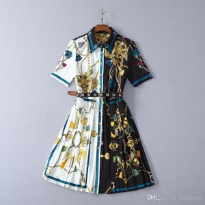 New clothes for women in Europe and America for the summer of 2019 Fashion belts Patchwork color short sleeve pleated dress